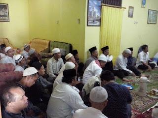 Edukasi kesehatan calon jamaah Haji KBIH An Nisa Citereup Gunung Putri Bogor