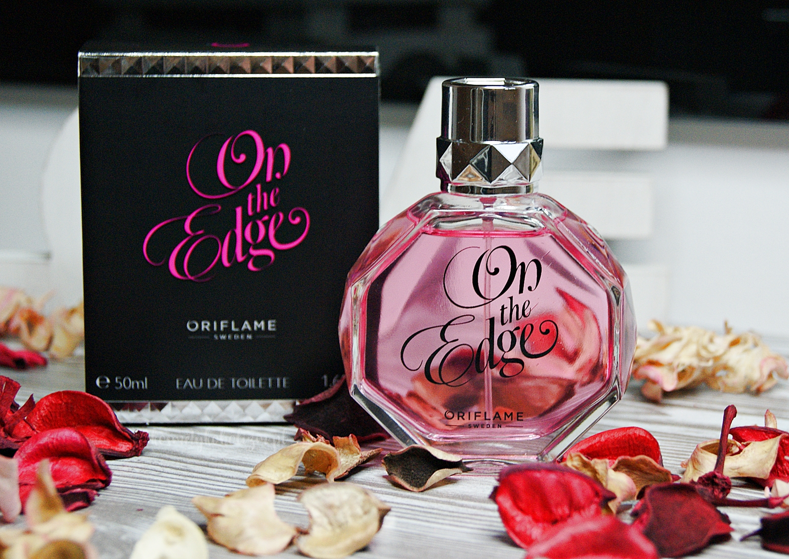 ORIFLAME ON THE EDGE | PERFUMY O ZAPACHU WATY CUKROWEJ