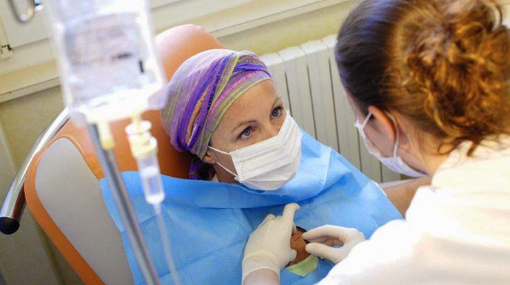 Quimioterapia coloca familiares e profissionais de saúde em alto risco