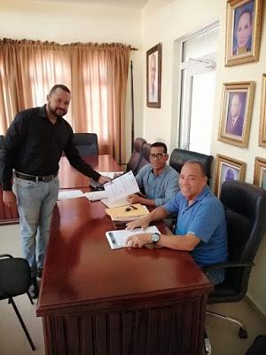 BARAHONA: Still Pérez formaliza inscripción como precandidato a diputado por el PRD