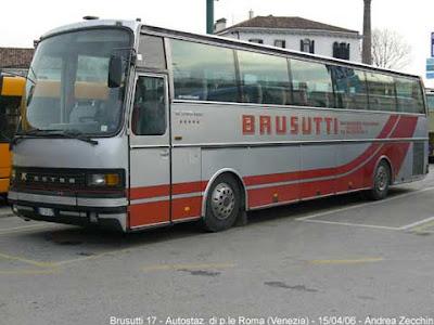 Un autobus Brusutti a Fiera di Primiero