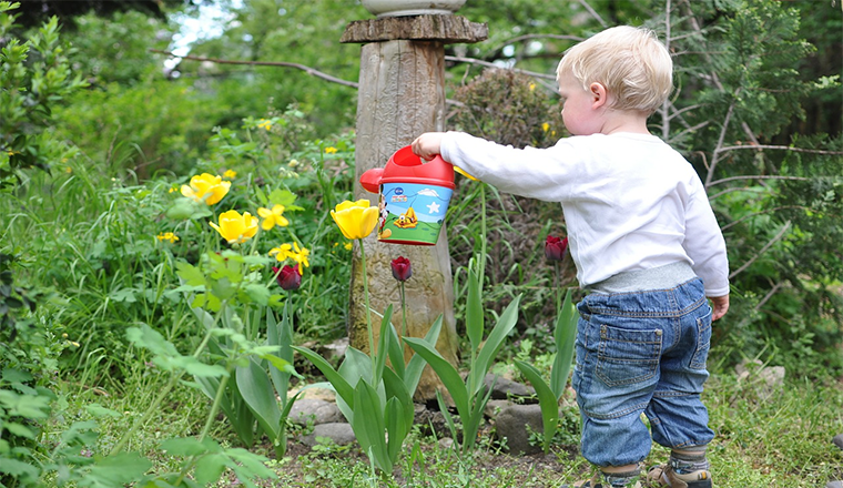 Gardening with Kids: Main Pros & Cons #Article