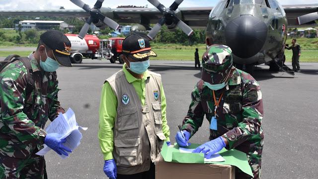 Kodam XVIII/Kasuari Kembali Bantu Terima Alkes Dari Gugus Tugas Nasional Percepatan Penanganan Covid-19