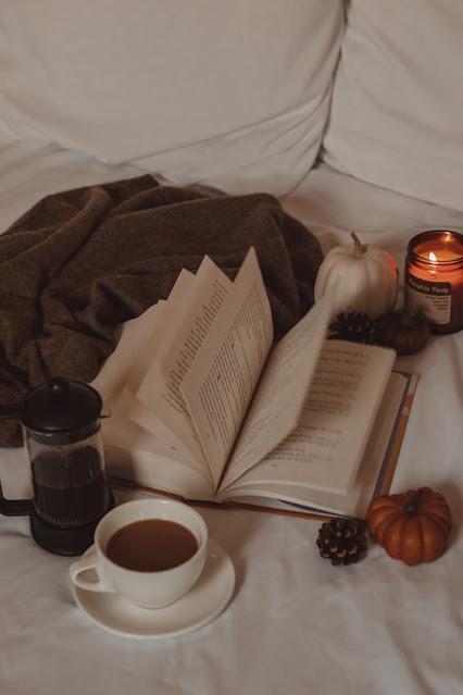 books-asthetic.jpg