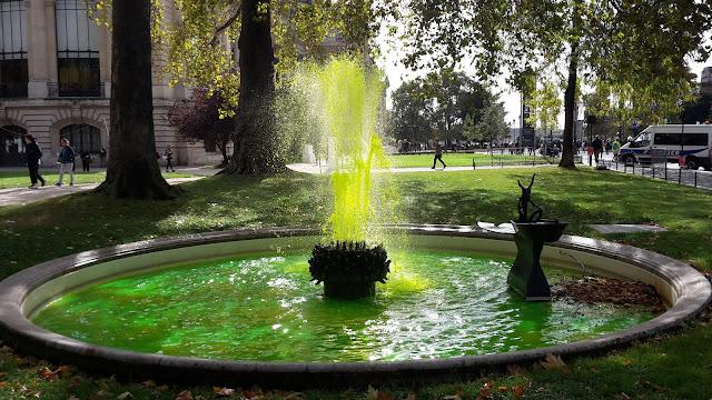 Green fountain Paris