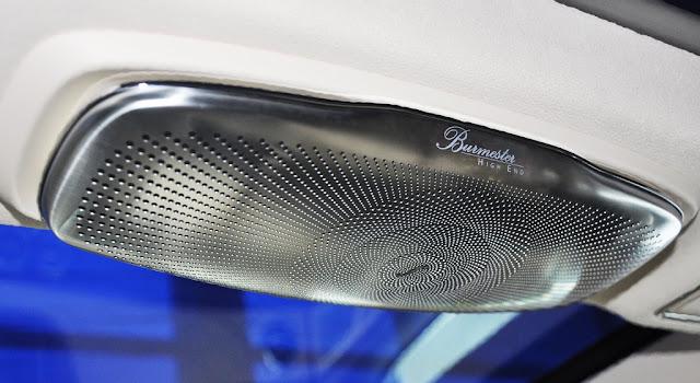 Mercedes Maybach S400 4MATIC 2017 sử dụng Hệ thống âm thanh vòm Burmester® High-End 3D 24 loa, Công suất 1540 watt