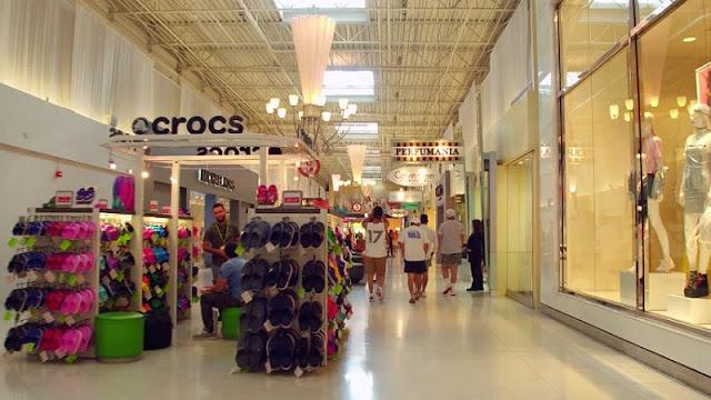 Comprar crocs nos shoppings em Miami