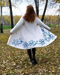 """Пальто """"Лазурит"""" на подкладе связано спицами платочной вязкой"""