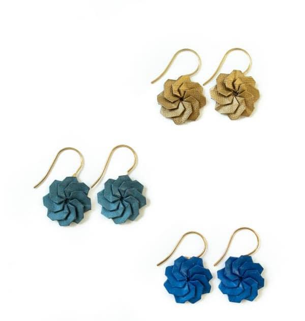 flower Origami earring Iris