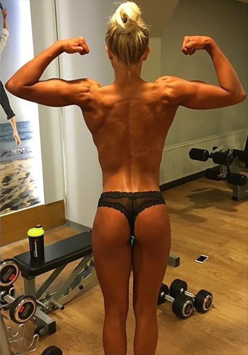 Fitness Model Josefine Achen @josefineachen Instagram photos