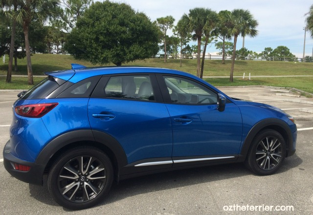 mazda cx-3 crossover in dynamic blue mica