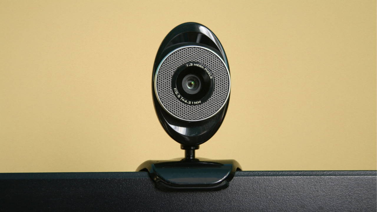 Cara Agar Webcam Jernih Saat Sedang Virtual
