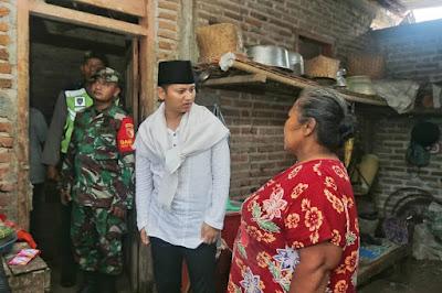 Bupati Nur Arifin Salurkan Bantuan Kepada Korban Angin Kencang di Wilayah Kecamatan Gandusari
