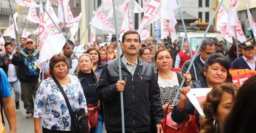 SUTEP convoca a movilización para exigir reformas en el sector educación (24 Noviembre)