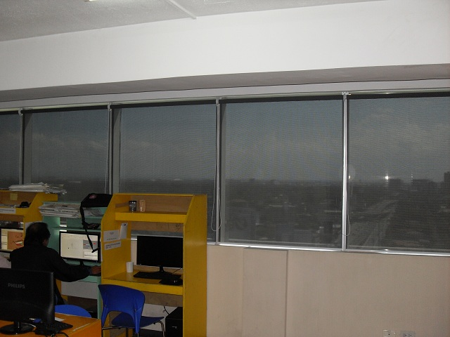 Sunscreen Roller Shades For Office Use Pet Plans Tower