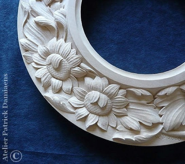 Custom woodcarvings and wooden ornaments for frames and mirrors | Unique handmade mirrors from our sculpture workshop.