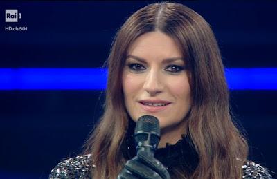 Laura Pausini foto viso Festival di Sanremo 3 marzo