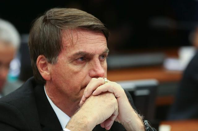"""""""O Sistema vai me matar"""", escreve Bolsonaro ao compartilhar texto preocupante"""