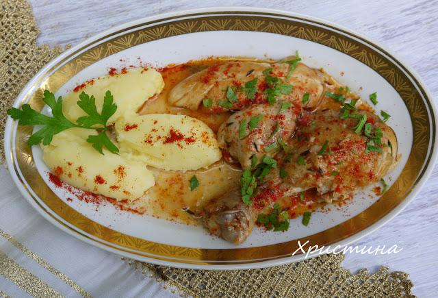 Пиле с бяло вино коняк и билки