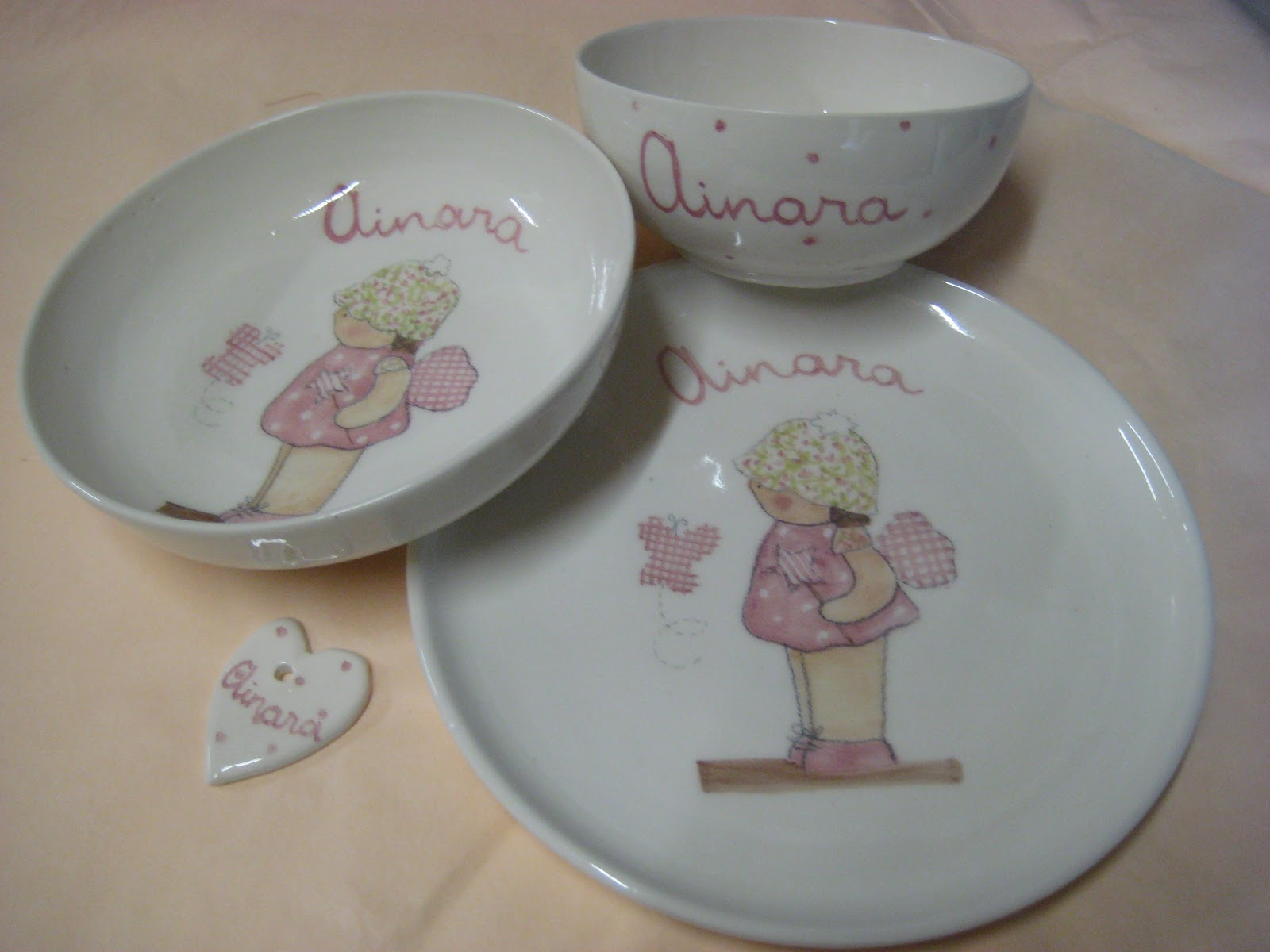 Decoraci n infantil personalizada vajillas infantiles personalizadas con nombre - Vajilla ceramica artesanal ...