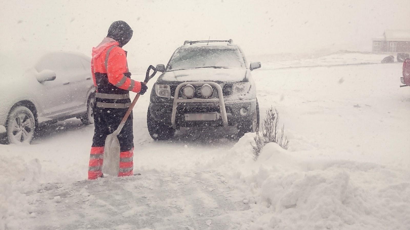 islandzka śnieżyca, praca w Islandii, zima w Islandii, Islandia, praca Islandia