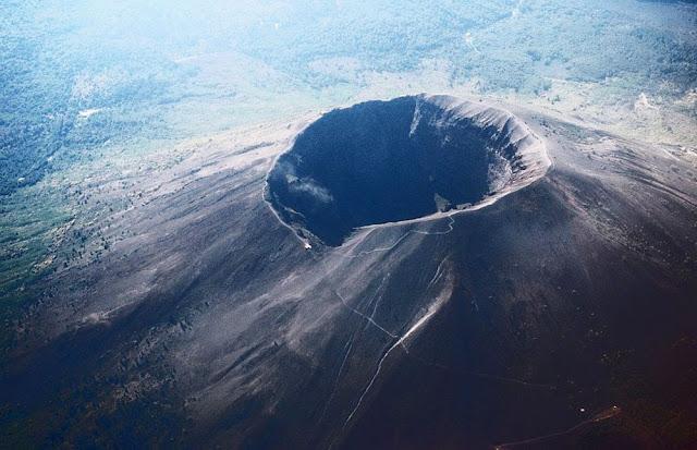 Vulcão Vesúvio - Itália
