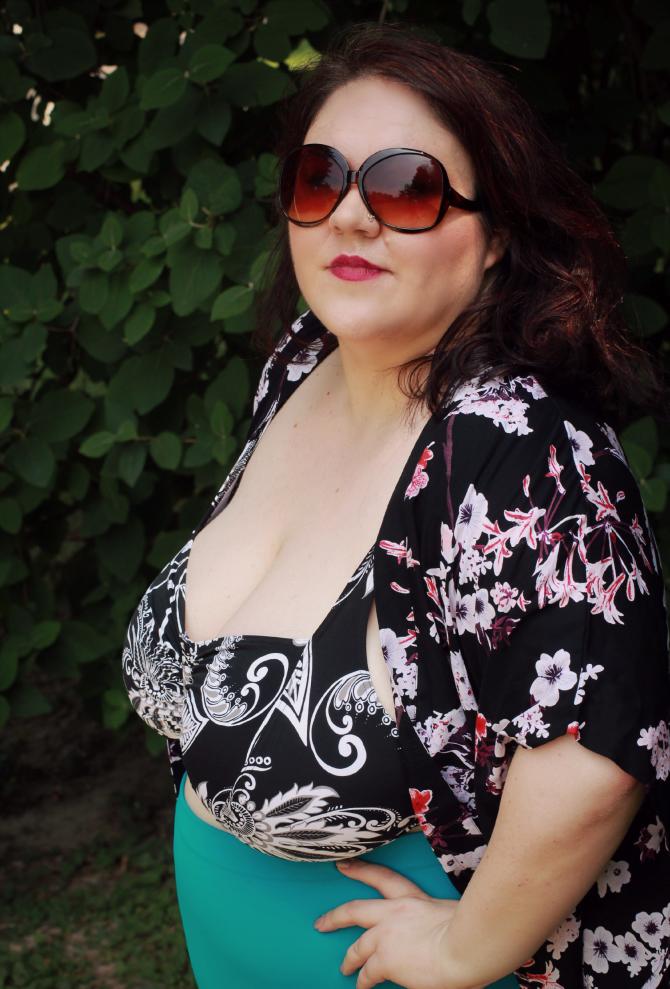 bikini retrò plus size con kimono