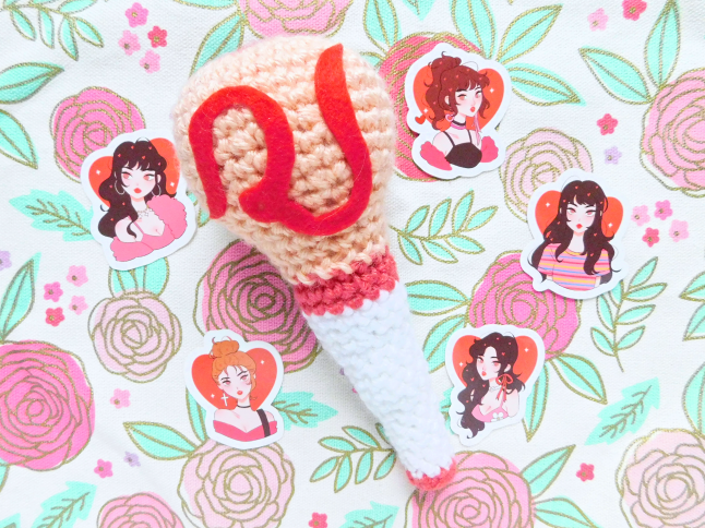 Red Velvet Fan Stick Plush Crochet Pattern