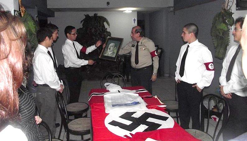 Por que es mas facil ser neonazi en Estados Unidos que en AlemaniaY