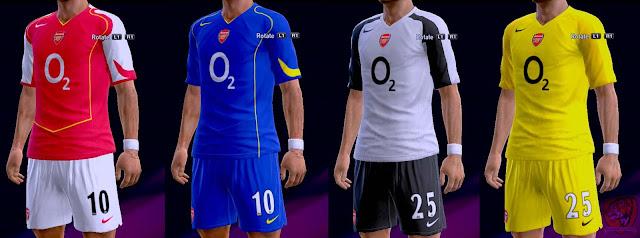 check out d8286 07d2b PES 2013 Arsenal FC 2004-2005 Kits