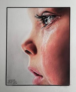 رسم طفل يبكي