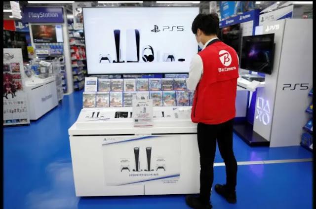 نفاد أجهزة PlayStation 5 من الأسواق البريطانية بعد الطلب الكبير