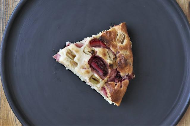 Ricotta, strawberry, and rhubarb cake