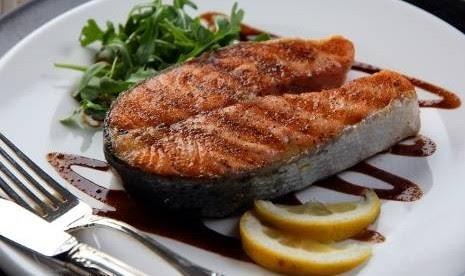 Makanan-makanan untuk Membantu Perut Rata