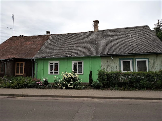 le tipiche case in legno di trakai