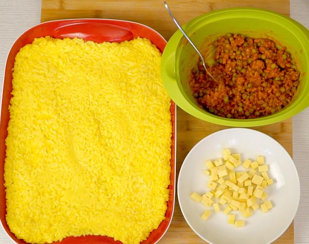 risotto, arancini sauce, cheese