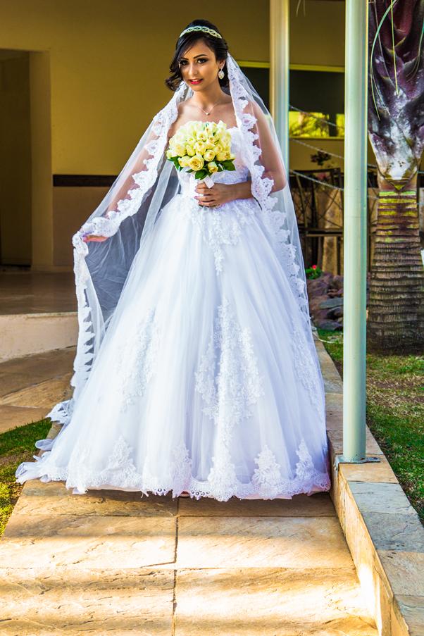 Meu Casamento: Vestido, Sapato e Acessórios Fornecedores BH Nitielle Mendes Noiva