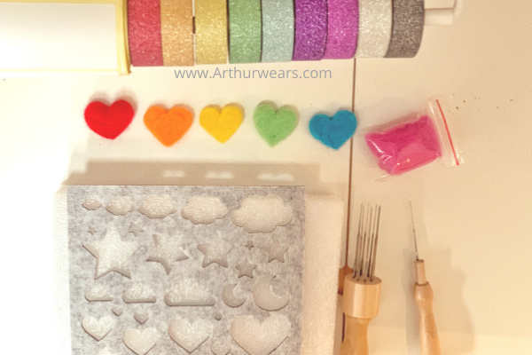 resources for beginners to make needle felted hearts