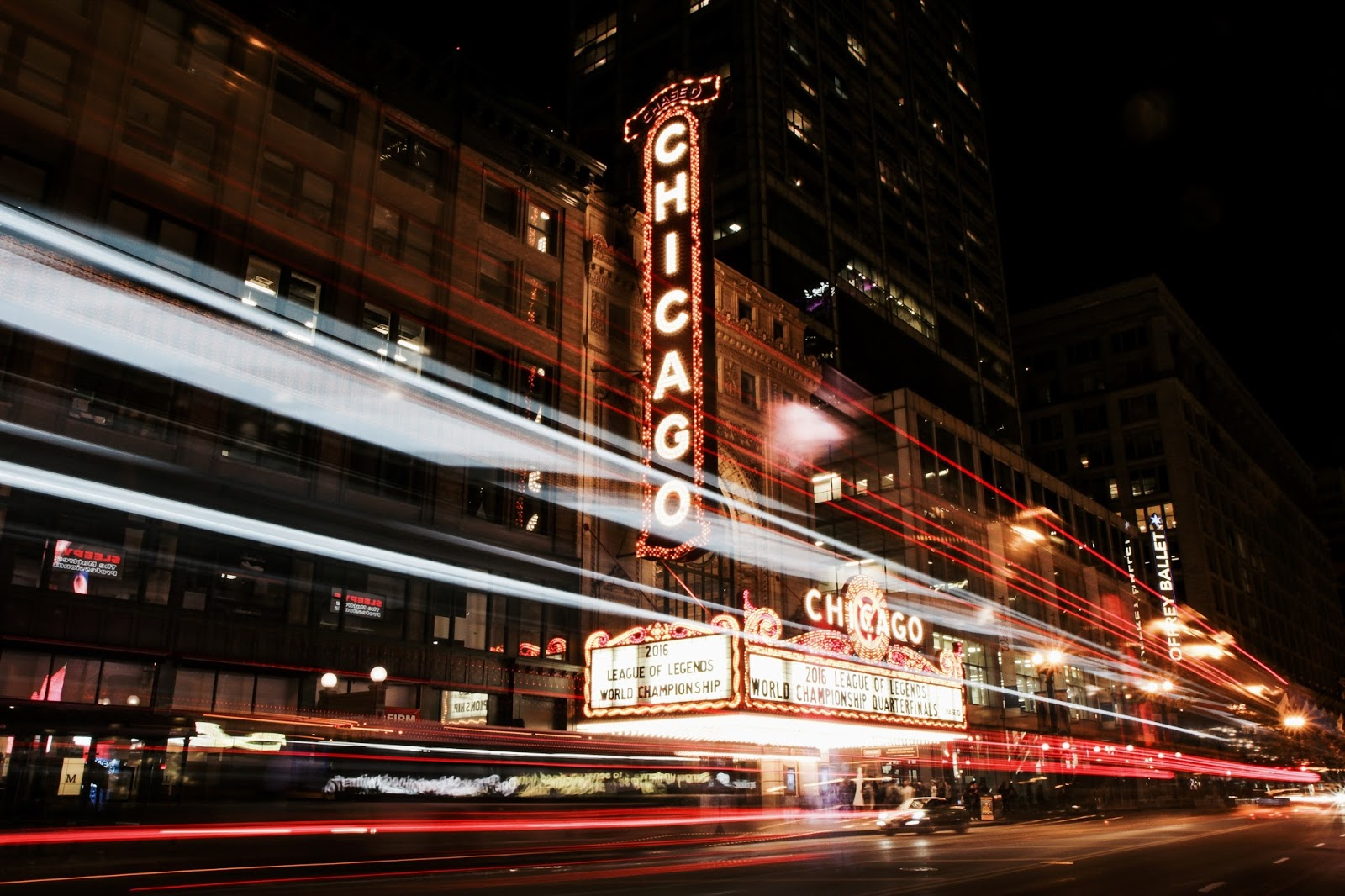 Time Lapse graphy Chicago Theater