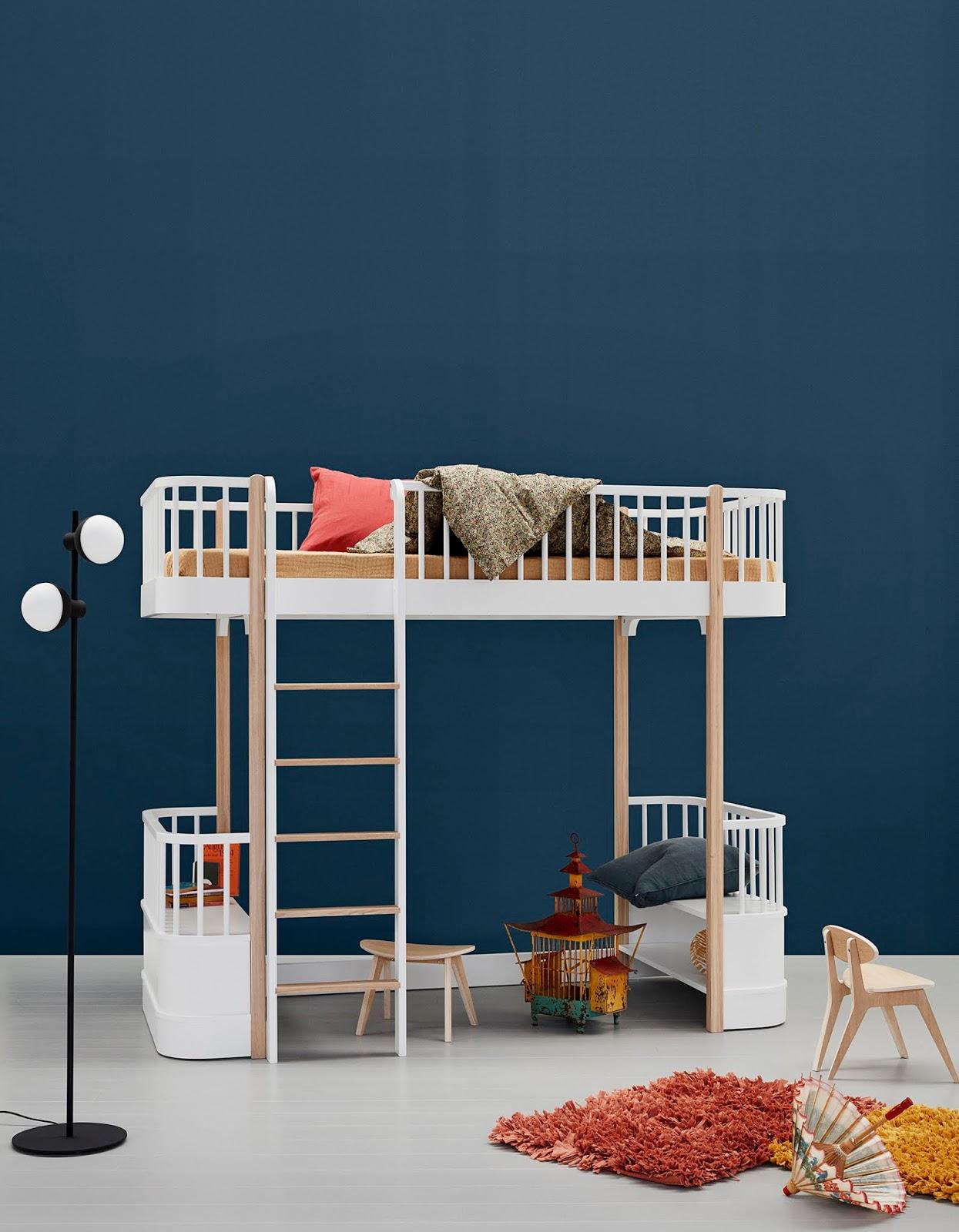 Drewniane łożko piętrowe