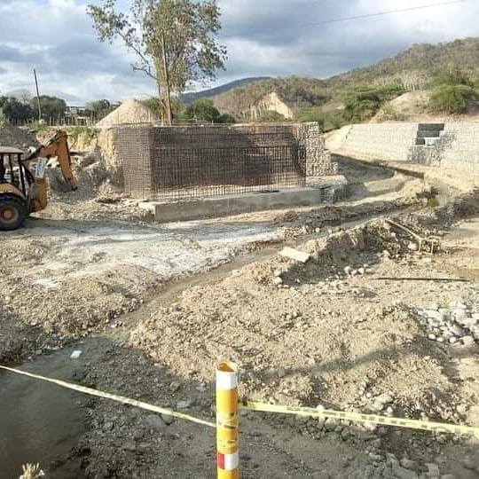 Así va la construcción Puente entre Las Yayas-Padre Las Casas