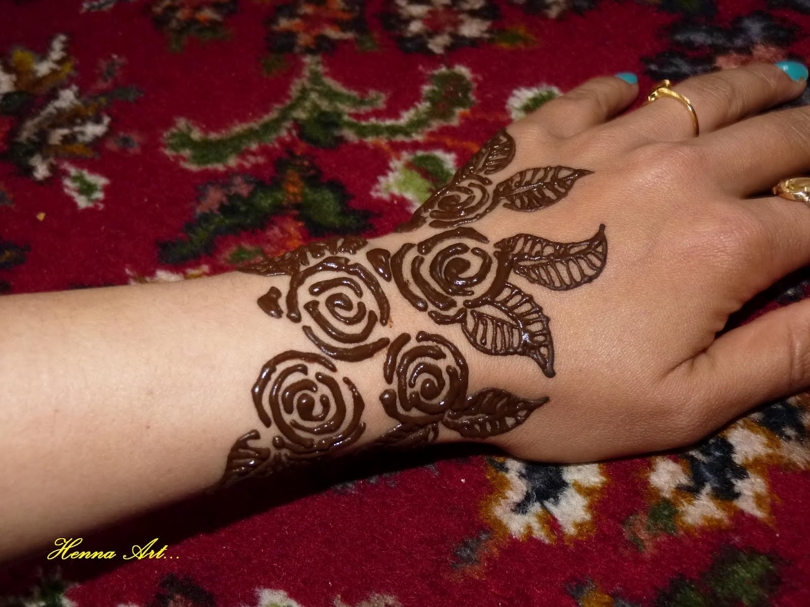 Henna And Face Paint Rose For Week End Henna Art