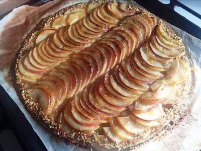 تارت التفاح سهل وبدون كريمة