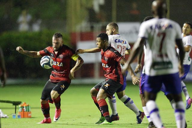 Vitória bate o Bahia e sai na frente pela vaga na decisão da Copa do ... 6e81cac09693f