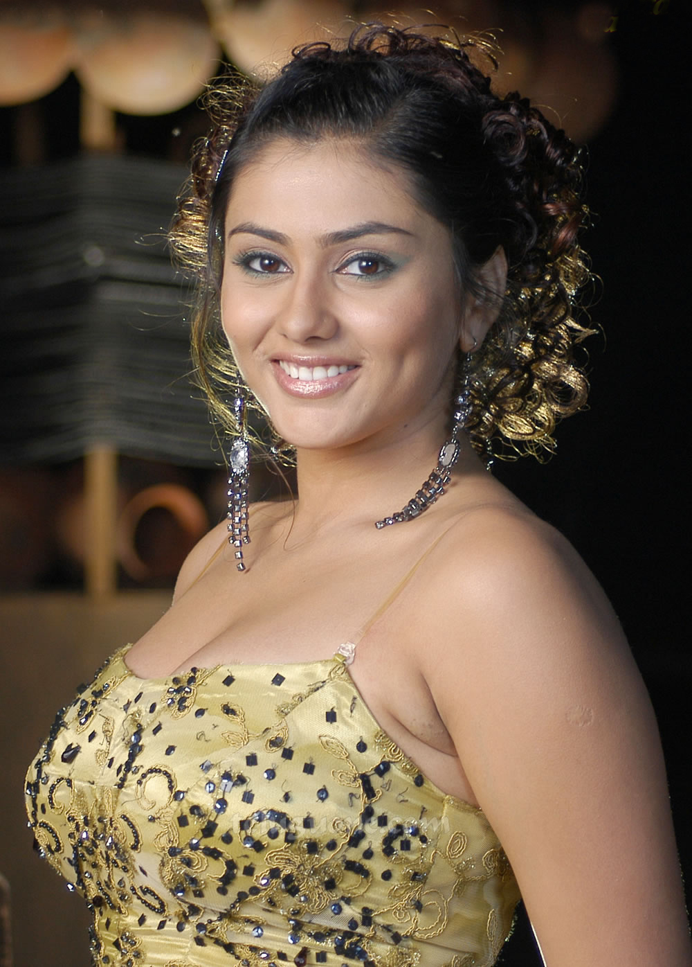 Hq Wallpapers Of Indian Film Actress Hot And Sexy Namitha -7910