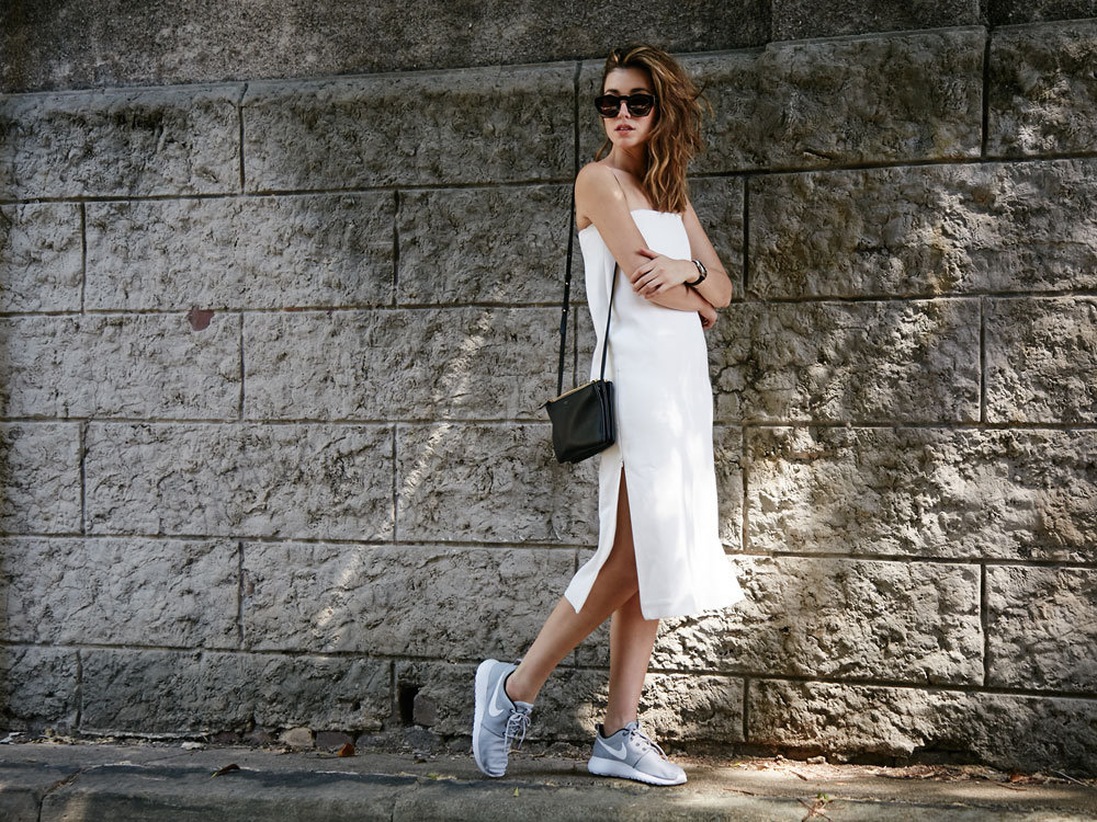 Strapless dress Nike sneakers