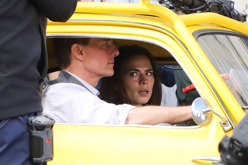 Hayley Atwell and Tom Cruise Clicked on the Set of Mission Impossible 7 in Rome 8 OCt-2020