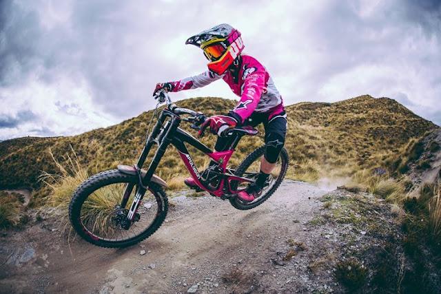 Foto Sepeda Gunung Polygon Terbaik dan Unik