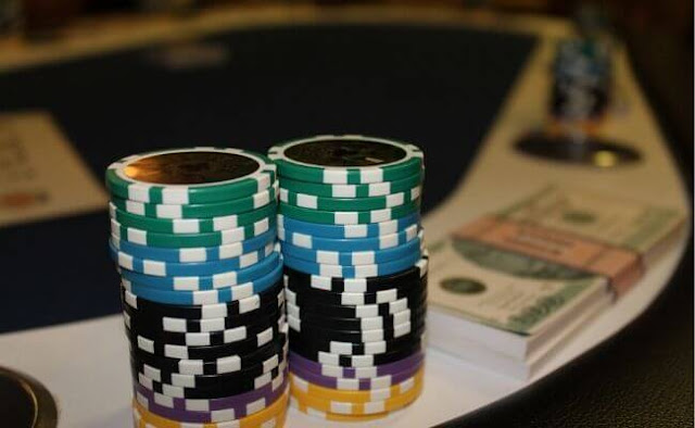 Optimal Short Stack Strategy for Micro Stakes Beginners