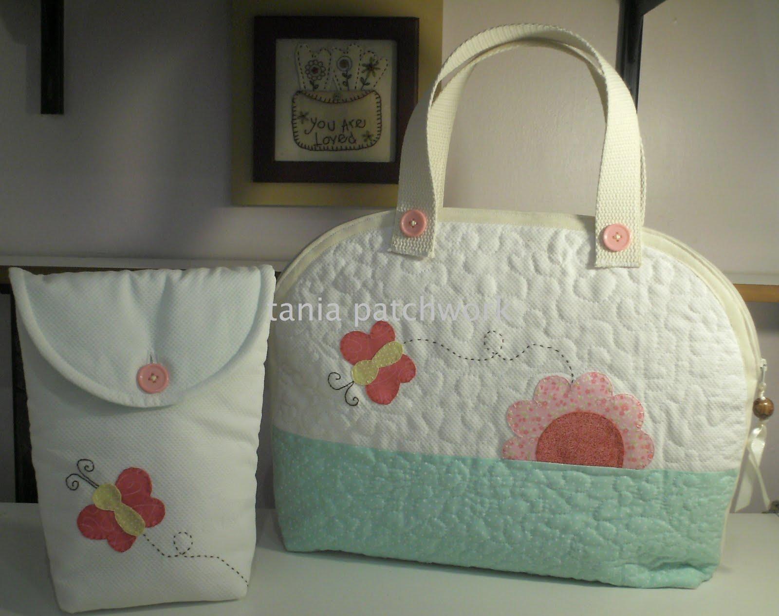 f950ac8d1 Encomenda da Vivian do Atelier Primeiro Quarto, em SP, Capital.... tecidos  nacionais e importados, aplicações à mão em ponto caseado reto.....quilt  livre à ...